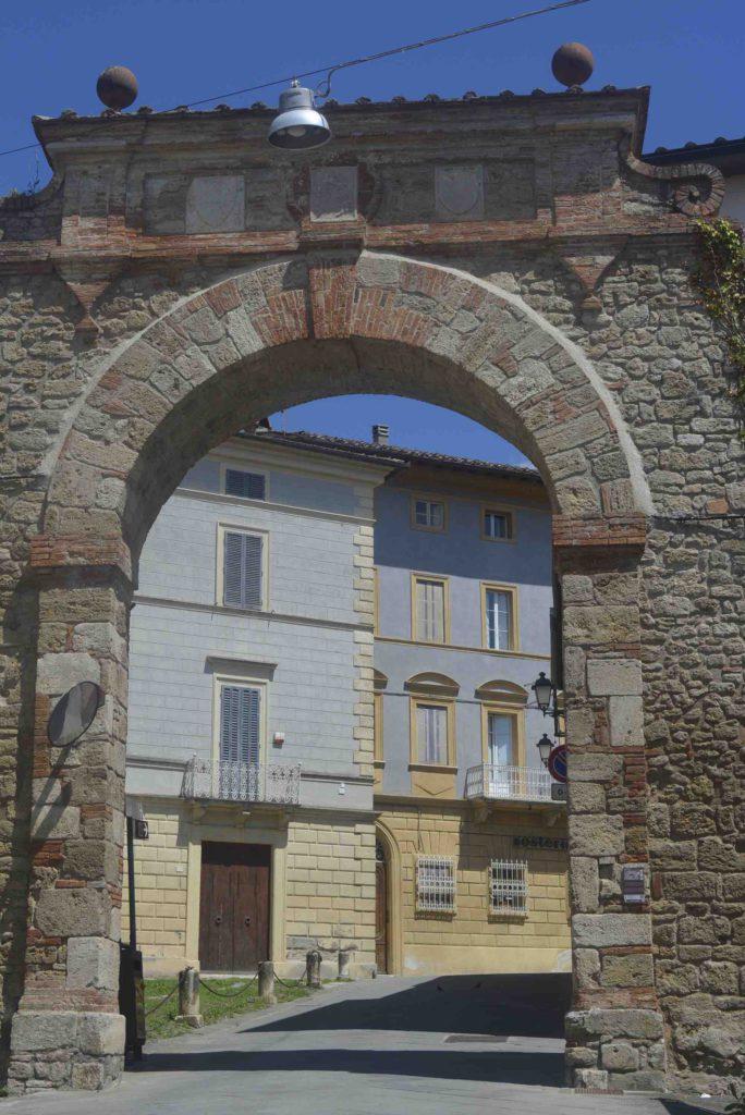 Asciano Porta Senese