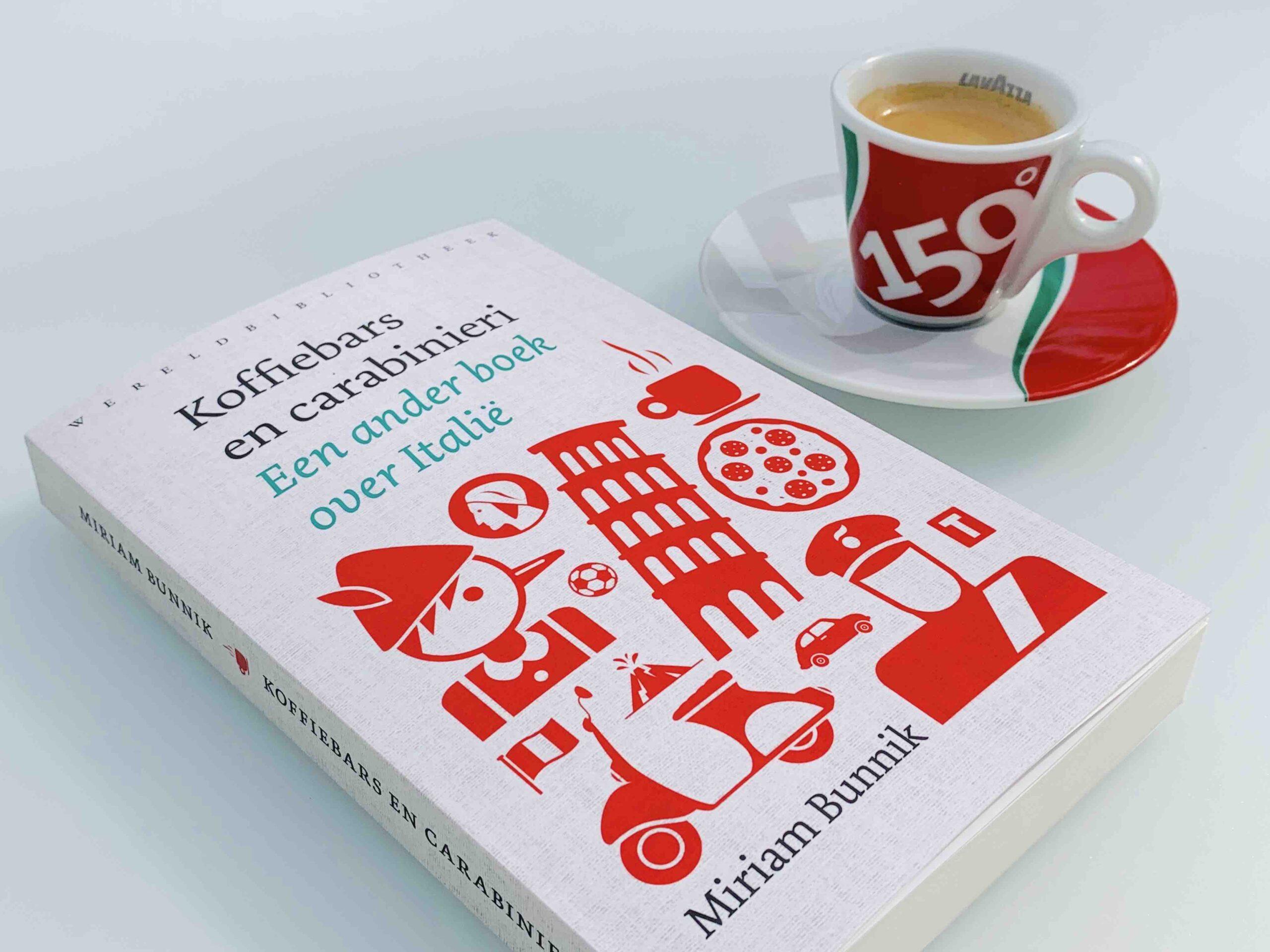 Koffiebars en carabinieri - Miriam Bunnik